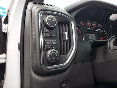 2019 Chevrolet Silverado 1500 Crew Cab 4x4, Pickup #SA51182 - photo 12