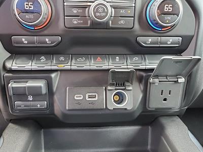 2019 Chevrolet Silverado 1500 Crew Cab 4x4, Pickup #SA51182 - photo 20