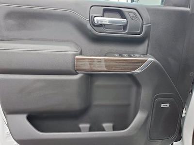 2019 Chevrolet Silverado 1500 Crew Cab 4x4, Pickup #SA51182 - photo 9
