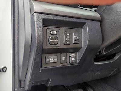 2018 Toyota Tundra Crew Cab 4x4, Pickup #X51220 - photo 13