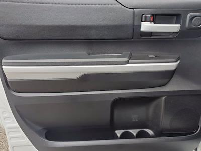 2018 Toyota Tundra Crew Cab 4x4, Pickup #X51220 - photo 25