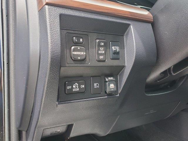 2018 Toyota Tundra Crew Cab 4x4, Pickup #XH51211 - photo 12