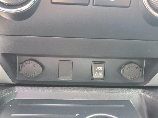 2018 Toyota Tundra Crew Cab 4x4, Pickup #XH51211 - photo 21
