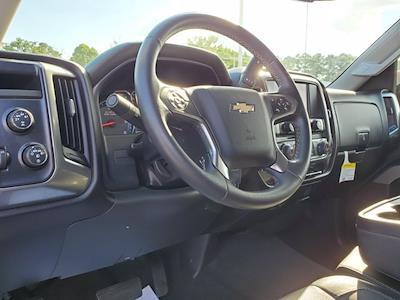 2016 Chevrolet Silverado 1500 Crew Cab 4x4, Pickup #XH51216 - photo 15
