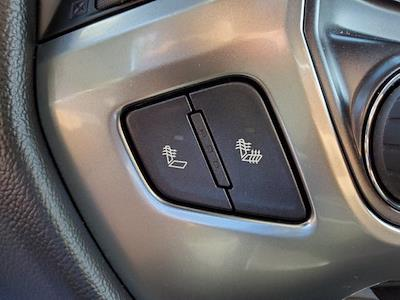 2016 Chevrolet Silverado 1500 Crew Cab 4x4, Pickup #XH51216 - photo 21