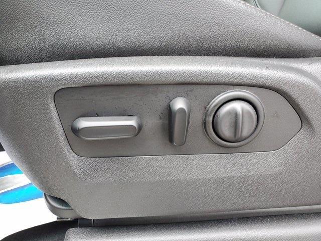 2019 Chevrolet Silverado 1500 Crew Cab 4x4, Pickup #XH51217 - photo 12