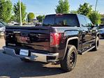 2018 GMC Sierra 1500 Crew Cab 4x4, Pickup #XR50965 - photo 2