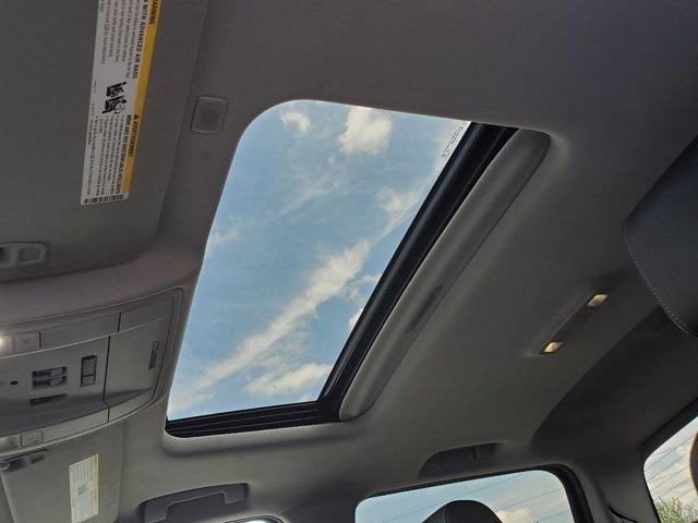 2017 GMC Sierra 1500 Crew Cab 4x4, Pickup #XR50969 - photo 15