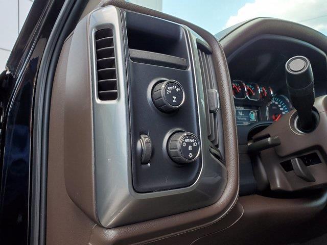 2018 Chevrolet Silverado 1500 Crew Cab 4x4, Pickup #XR51143 - photo 14