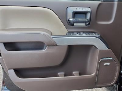 2018 Chevrolet Silverado 1500 Crew Cab 4x4, Pickup #XR51143 - photo 10