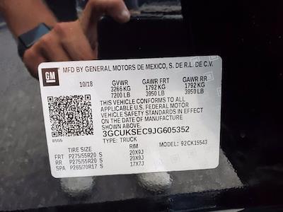 2018 Chevrolet Silverado 1500 Crew Cab 4x4, Pickup #XR51143 - photo 34