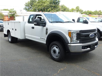 2017 F550 SuperCab 4x2 XL w/11' Utility Body #170471 - photo 4