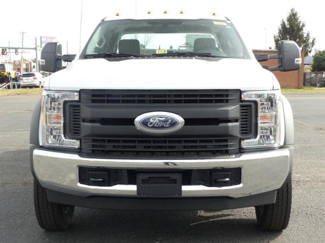 2017 F450 SuperCab 4x2 XL w/9' Utility Body #171252 - photo 3