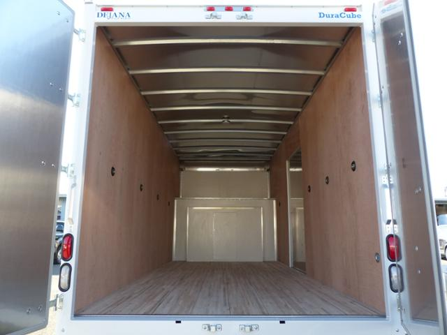 2017 E450 Commercial Cutaway w/17' Dry Freight Body #171785 - photo 9
