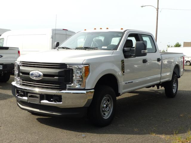 2017 F250 Crew Cab 4x4 XL 8' Bed #172160 - photo 1
