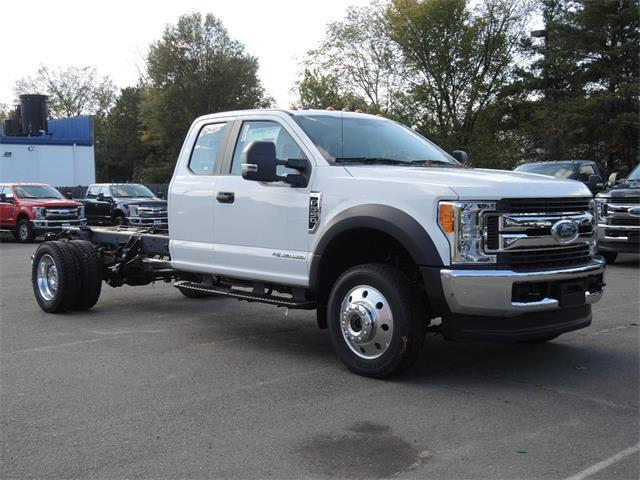 2017 F550 4WD SuperCab Chassis #172684 - photo 4