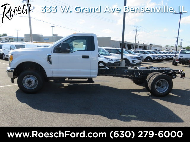 2017 F-350 Regular Cab DRW 4x4, Cab Chassis #17-6711 - photo 8