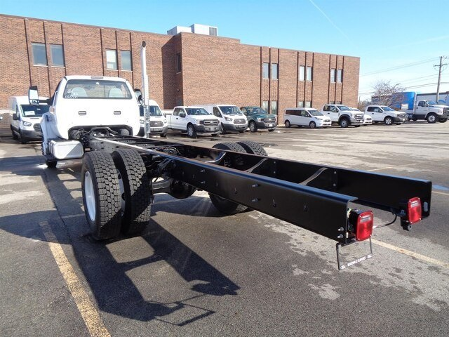 2018 F-650 Regular Cab DRW 4x2,  Cab Chassis #18-8402 - photo 7