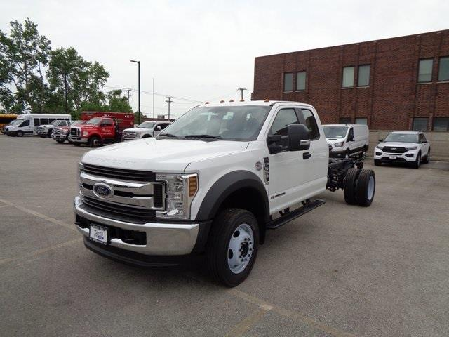 2019 Ford F-550 Super Cab DRW 4x4, Cab Chassis #19-5359 - photo 4