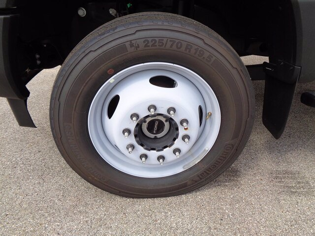 2019 Ford F-550 Super Cab DRW 4x4, Cab Chassis #19-5362 - photo 31