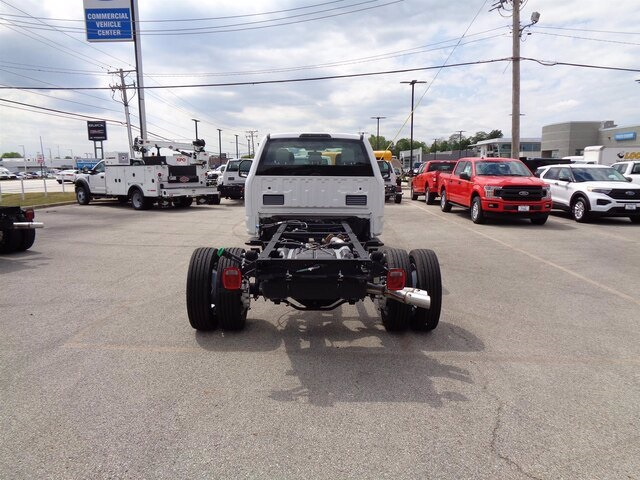 2019 Ford F-550 Super Cab DRW 4x4, Cab Chassis #19-5362 - photo 2