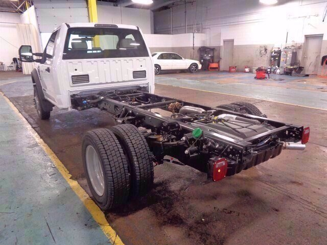 2019 Ford F-550 Regular Cab DRW 4x2, Cab Chassis #19-5719 - photo 5