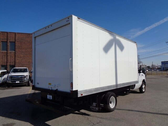 2019 Ford E-450 4x2, Supreme Dry Freight #19-5920 - photo 1