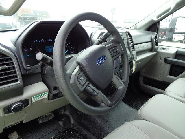 2020 Ford F-550 Regular Cab DRW 4x4, Iowa Mold Tooling Dominator I Mechanics Body #20-7204 - photo 11