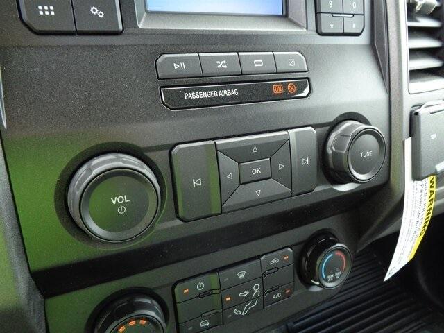 2020 Ford F-550 Regular Cab DRW 4x4, Iowa Mold Tooling Dominator I Mechanics Body #20-7204 - photo 17