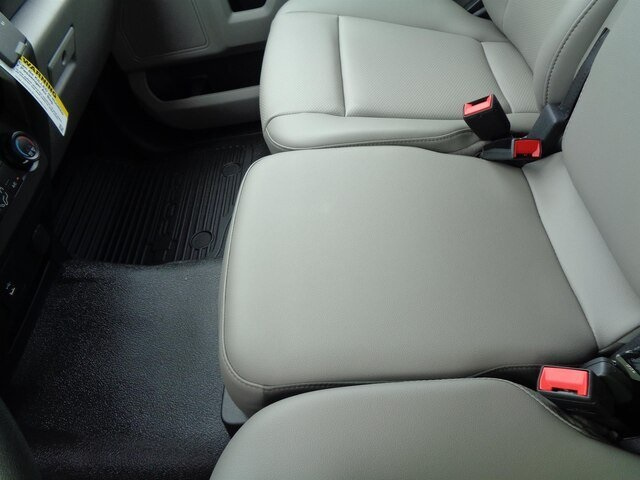 2020 Ford F-550 Regular Cab DRW 4x4, Iowa Mold Tooling Dominator I Mechanics Body #20-7204 - photo 19