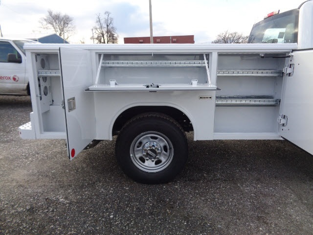 2017 F-350 Super Cab 4x4, Reading Service Body #175410 - photo 6