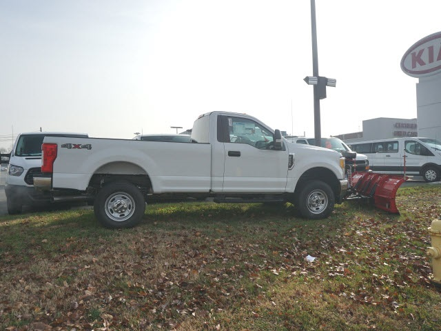 2017 F-250 Regular Cab 4x4, Pickup #175415 - photo 3
