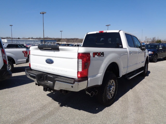 2017 F-350 Crew Cab 4x4, Pickup #175446 - photo 2