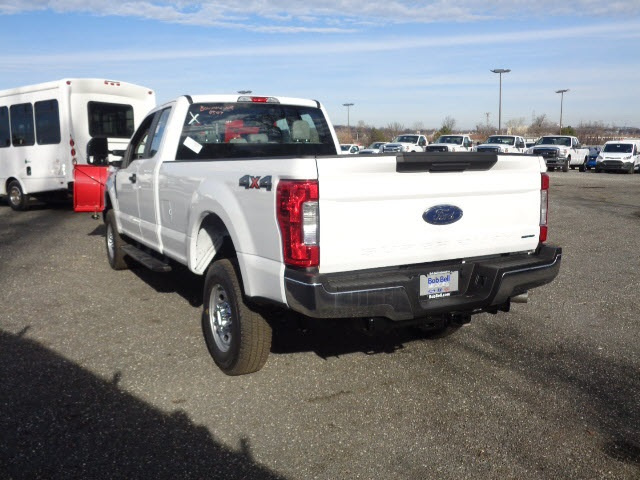 2017 F-250 Super Cab 4x4, Pickup #175518 - photo 6
