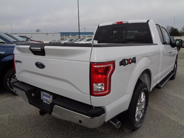 2017 F-150 Super Cab 4x4, Pickup #175659 - photo 2