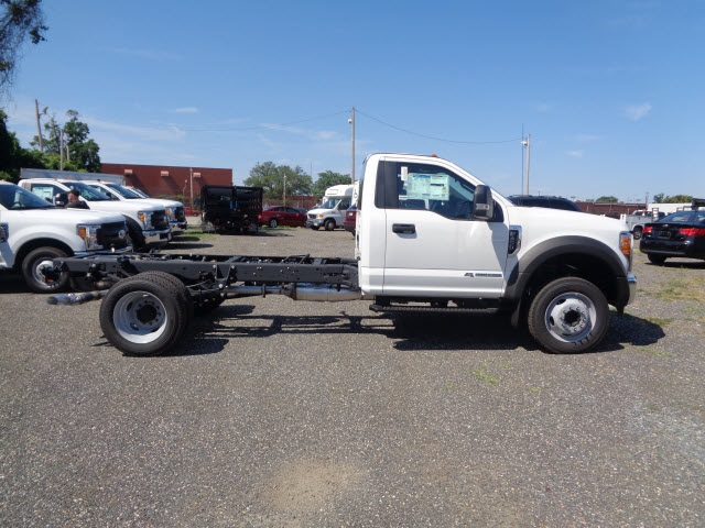 2017 F-450 Regular Cab DRW Cab Chassis #175890 - photo 3
