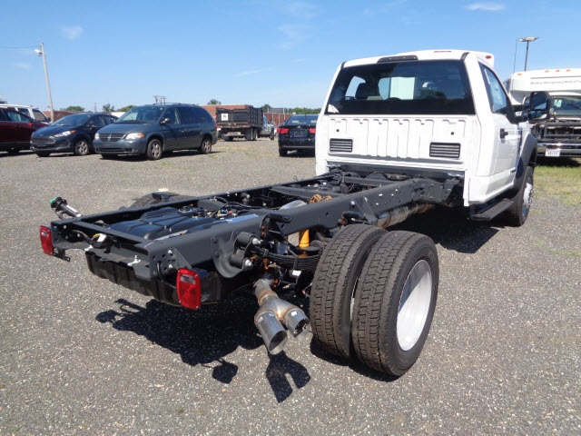 2017 F-450 Regular Cab DRW Cab Chassis #175890 - photo 2