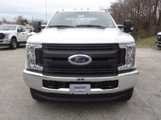 2017 F-350 Super Cab 4x4, Reading Service Body #175894 - photo 4