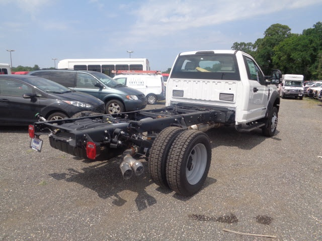 2017 F-550 Regular Cab DRW Cab Chassis #176058 - photo 2