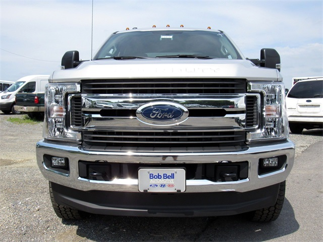 2017 F-250 Crew Cab 4x4,  Pickup #176151 - photo 3
