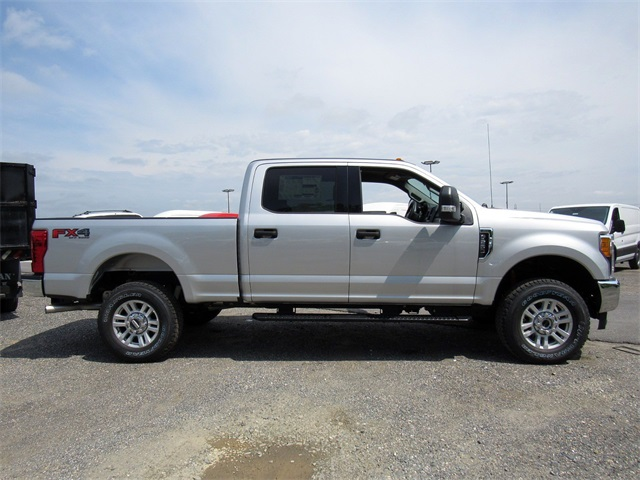 2017 F-250 Crew Cab 4x4,  Pickup #176151 - photo 7