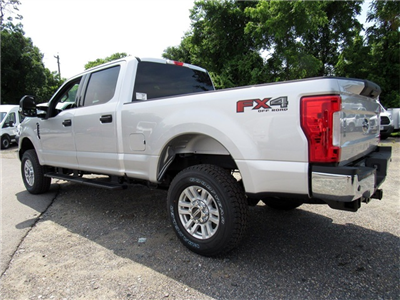 2017 F-250 Crew Cab 4x4,  Pickup #176151 - photo 5