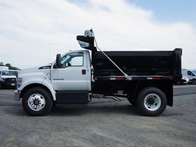 2017 F-750 Regular Cab, Dump Body #176434 - photo 5