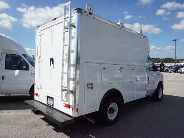 2017 E-350, Supreme Service Utility Van #176630 - photo 2