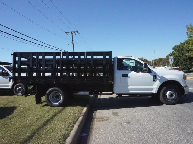2017 F-350 Regular Cab DRW Stake Bed #176685 - photo 2