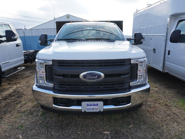 2017 F-350 Regular Cab DRW Stake Bed #176826 - photo 4