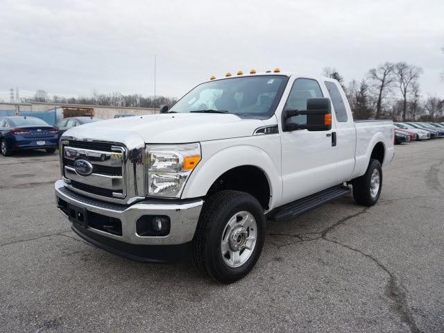 2016 F-250 Super Cab 4x4, Pickup #176870A - photo 4