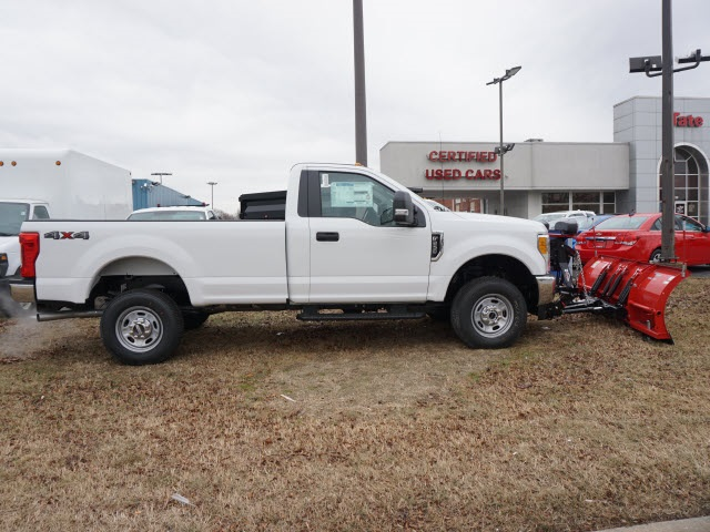 2017 F-250 Regular Cab 4x4, Ford Pickup #176890 - photo 3