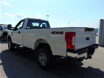 2018 F-250 Regular Cab 4x4,  Pickup #185346 - photo 4