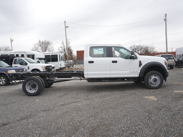 2018 F-450 Crew Cab DRW 4x4 Cab Chassis #185453 - photo 4